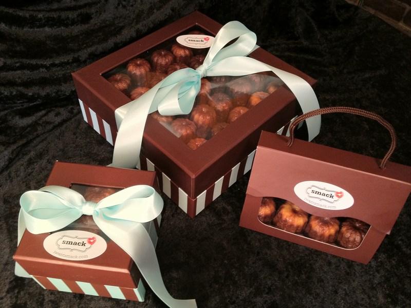 Caneles (Canneles) boxes